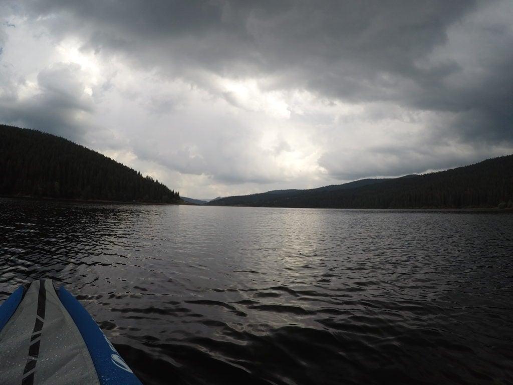 Apuseni - cu caiacul pe lacul Belis-Fantanele