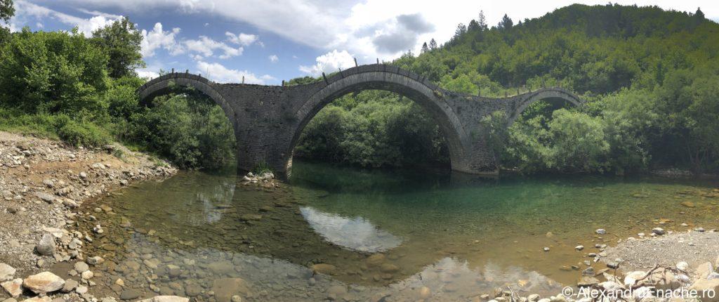 Canion Vikos - 3 bridges