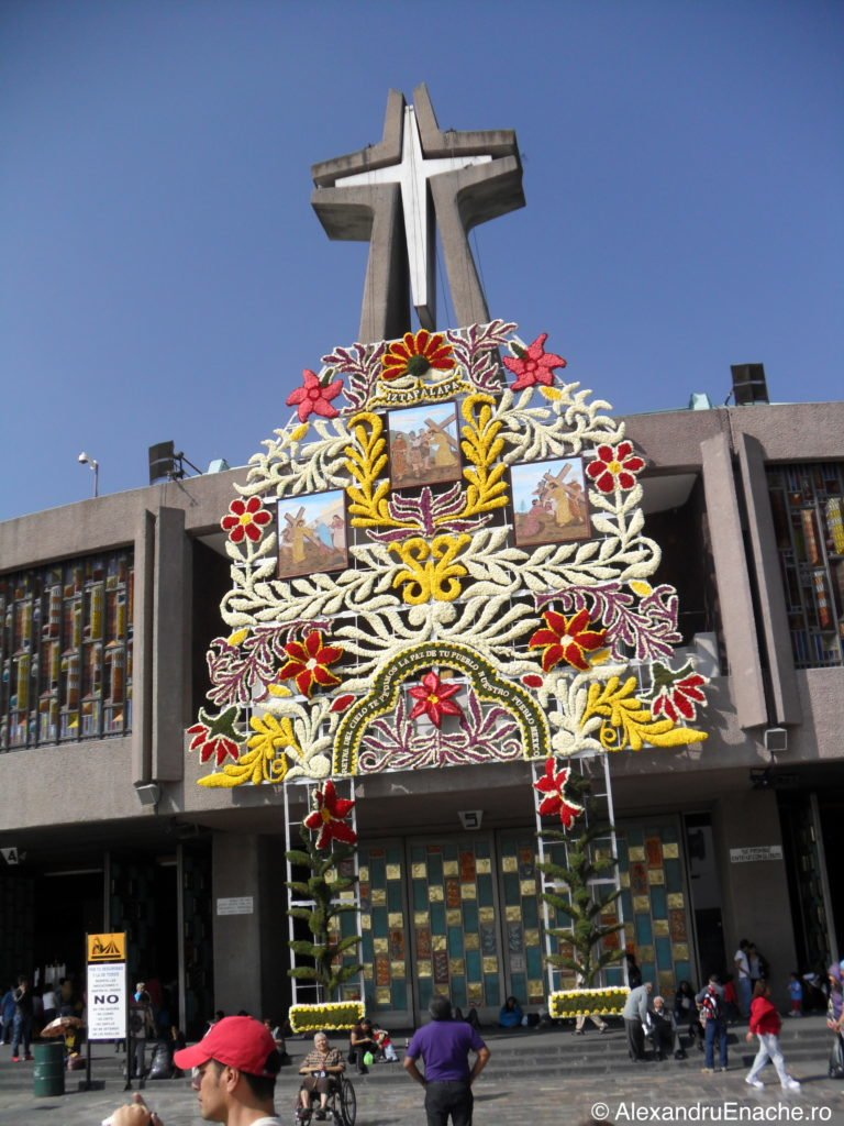 Guadalupe - Entrance church