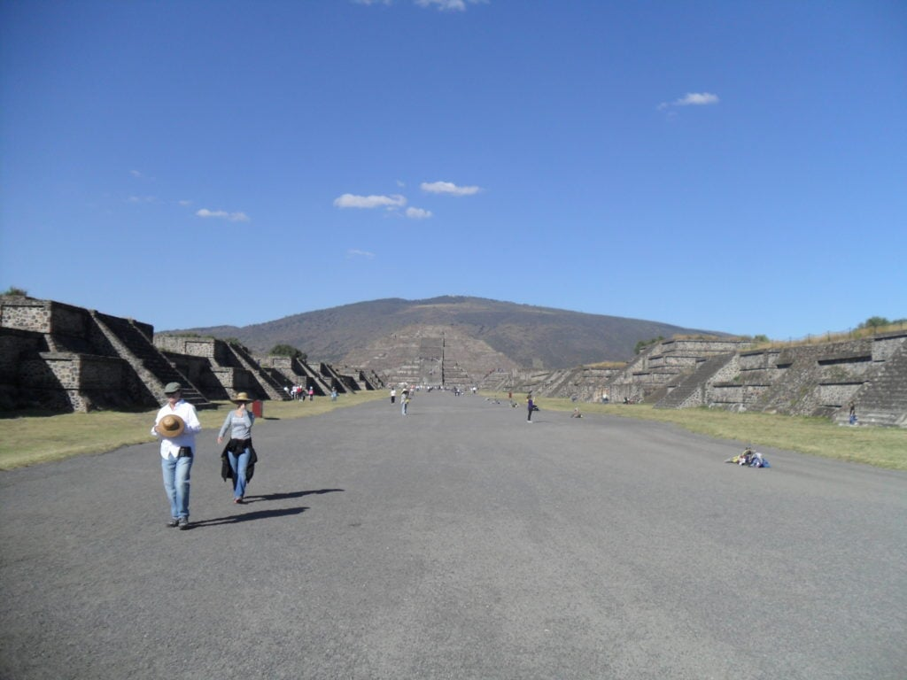 TEOTIHUACAN - calea mortilor