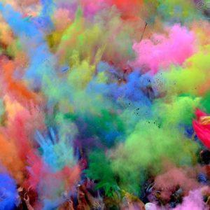 Holi: Sarbatoarea culorilor